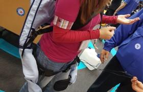 HOITAJALLE PUETTAVAN VOIMALIIVIN KOKEILU: Robottiapua tavaranostoihin ja potilassiirtoihin