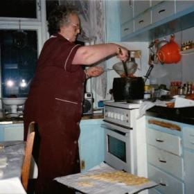 Sounds from the Kitchen - Hljóðin úr Eldhúsinu